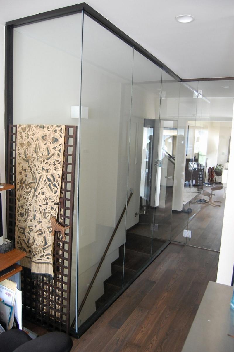 LDKのガラス壁 クリアな空間