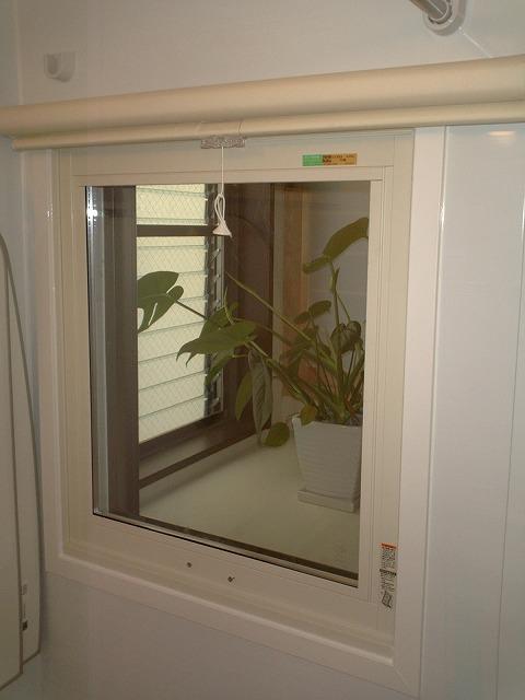 大府市 ホンダトーヨー 浴室にインプラス取付 2010/09/22