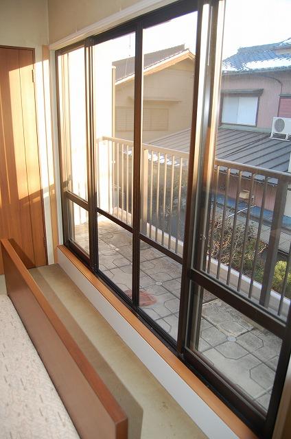 大府市 ホンダトーヨー 内窓インプラス取付 特殊工事 2011/02/18