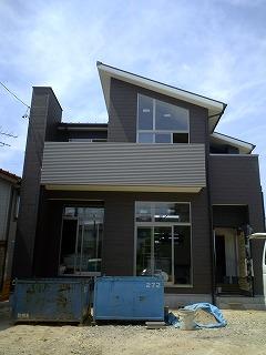 大府市 ホンダトーヨー モダン手すりバルコニー完成 2009/07/15