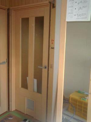 大府市 ホンダトーヨー ペットが出入りできる室内ドア