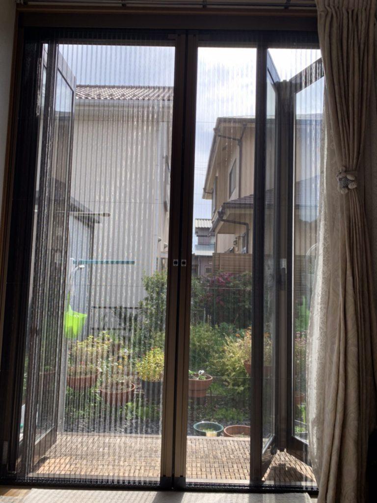 愛知県大府市 網戸工事店 LIXIL しまえるんです網戸取付工事【ホンダトーヨー住器株式会社】